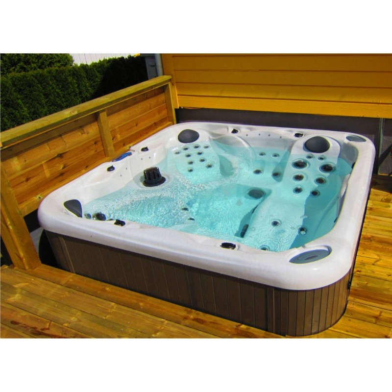 jacuzzi gebraucht outdoor wohndesign ideen. Black Bedroom Furniture Sets. Home Design Ideas